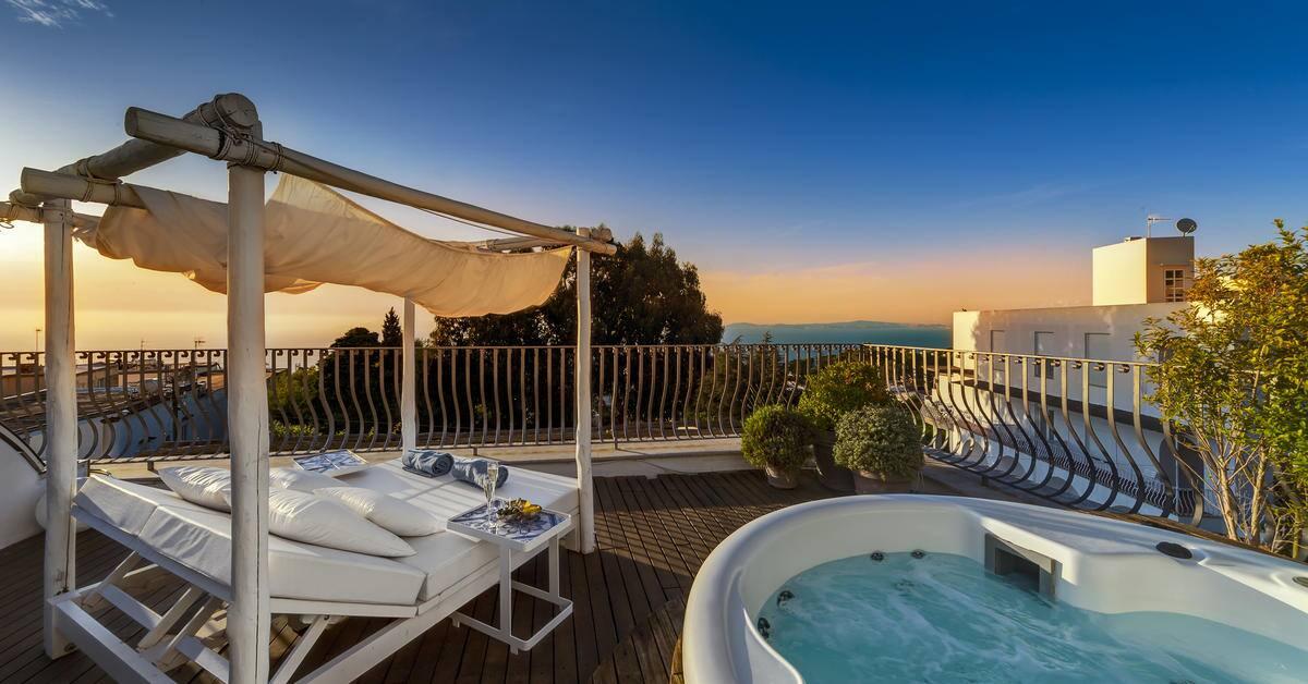 319MeliaVillaCapri-Rooftop_Terrace_sunset